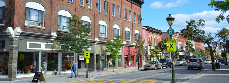 Picture of storefronts in downtown Carleton Place
